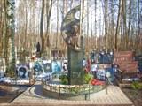 003 Могила Виктора Цоя в Питере