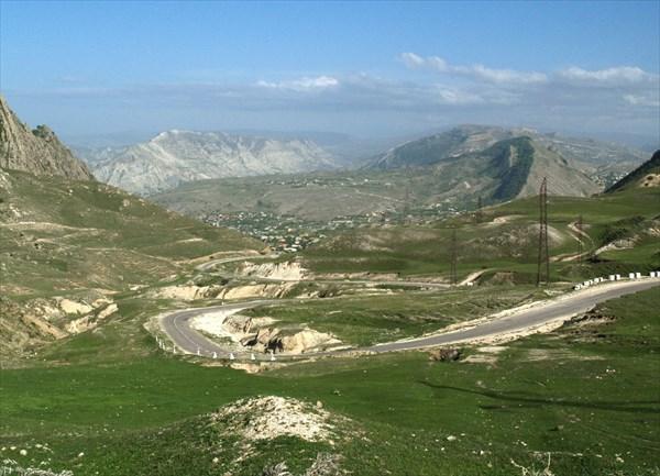 Горы Дагестана  плотно заселены.