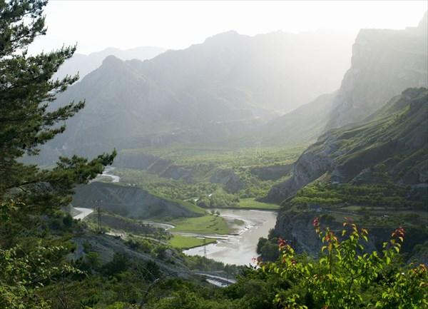 Долина реки Каракойсу -1