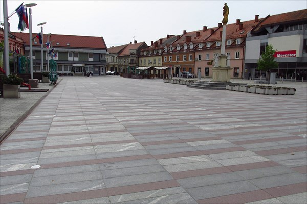 Лютомер, центральная площадь