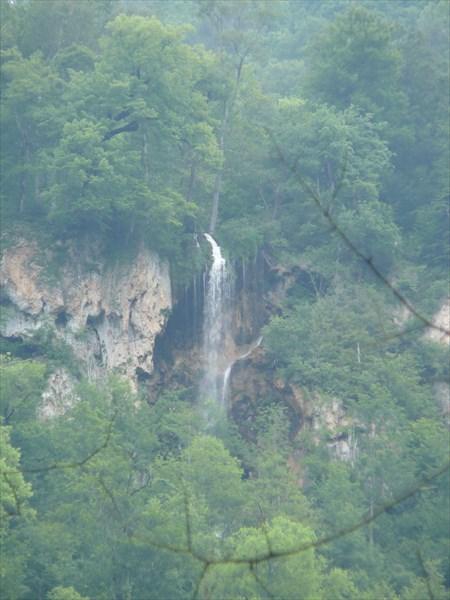 Еще один высотный водопад