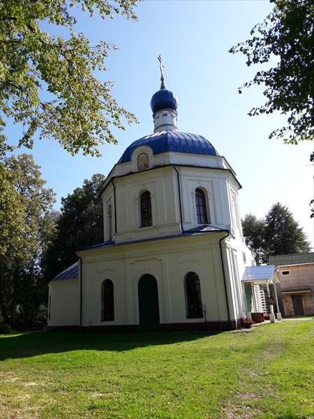 на фото: Ботово