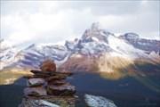 Инукшук - пришедший от инуитов символ присутствия человека
