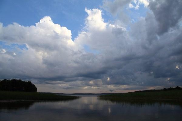 Озеро, по-моему Святое