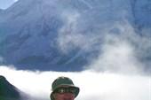 Автор на фоне Эвереста