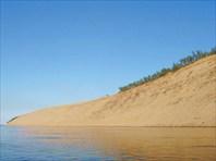 Гора песку