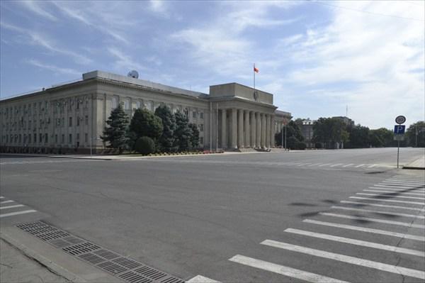 Бишкек. Центральная площадь.