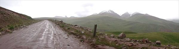 К перевалу Кара-Кичи