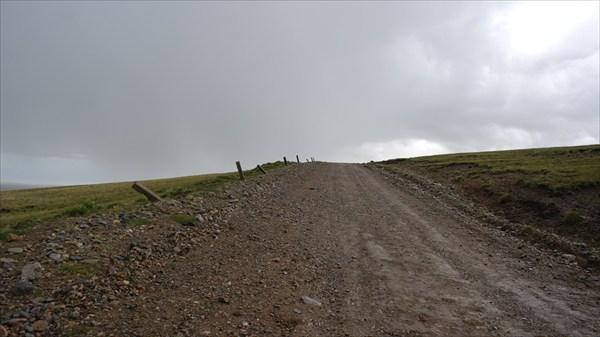 Дождливая дорога с пер.Кара-Кичи