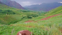 Впереди с.Анкелот и аховые глины