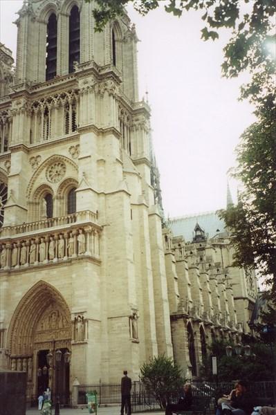 Нотр-Дам-де-Пари, Париж