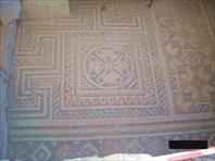 """9. """"Комната с мозаикой"""""""
