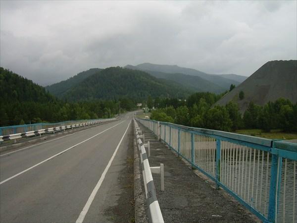 25. Мост через р. Абакан.