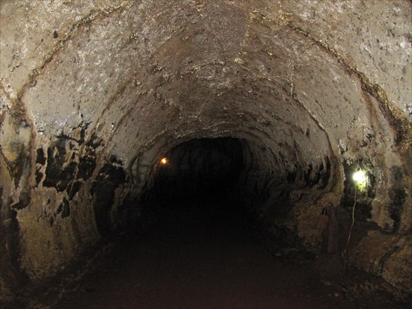 лавовый тоннель