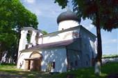 Церковь в Мирожском монастыре