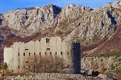 2013-01-04--17-39-59 крепость Космач (Kosmac)