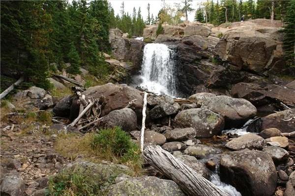 Водопад конечно же не Ниагарский,но мне понравился