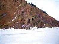 Некоторые ж.д.тоннели удачно вписываются в пейзаж