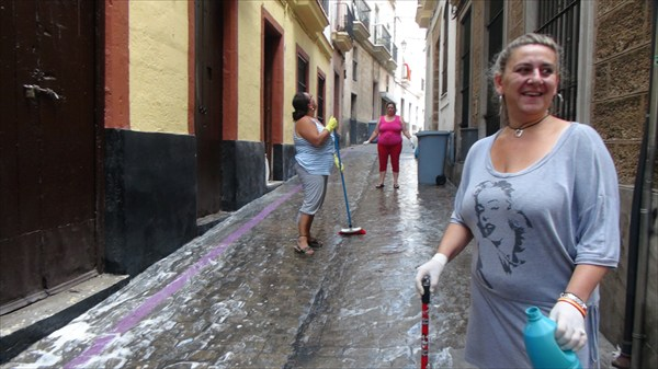 Мытье улиц