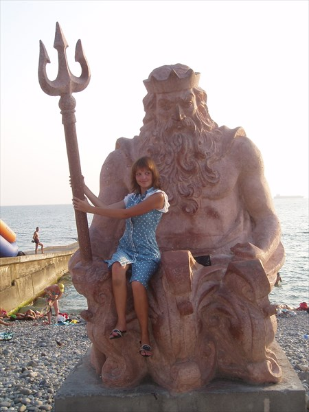 Скульптура Нептуна, Сочи