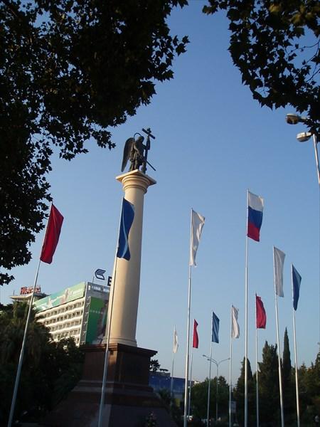 Монумент Михаила-Архангела, 2006