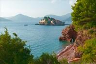 Наш пляж, с видом на Свети-Стефан