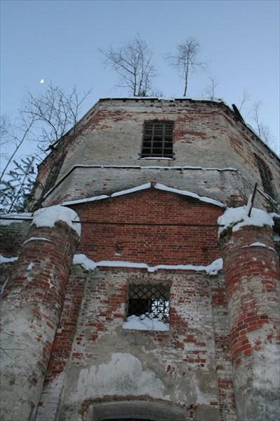 Развалины Пустопольского погоста