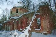 Развалины церкви Пустопольского погоста