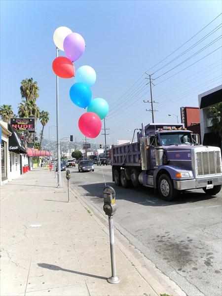 025-Лос-Анджелес