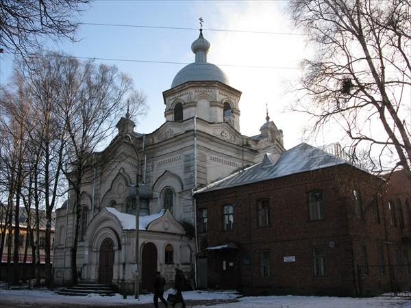 Собор Сошествия Святого Духа в Духовом монастыре (1889-1892)
