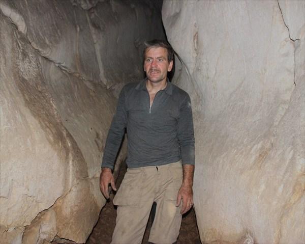 В полости пещеры Вертолетной.