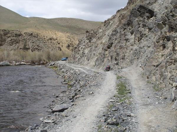 Дорога вдоль Моген-Бурена