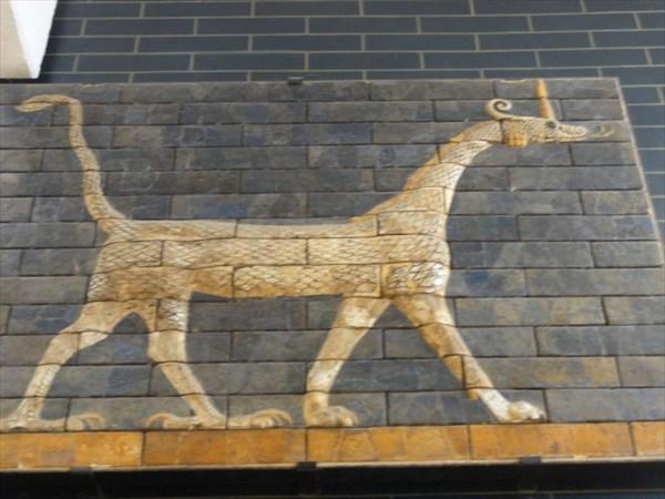 Сирруш (дракон) - символ Мардука