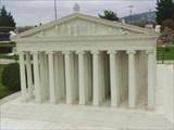 Храм Артемиды Эфесской, одно из чудес света.