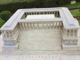 Алтарь Зевса, вывезен из Бергамы в  Берлин.