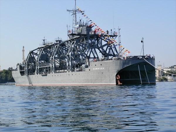 Спасатель подводных лодок