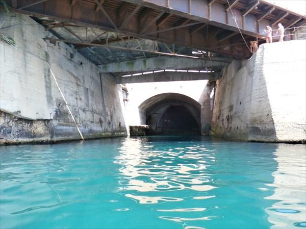 Сюда заходили подводные лодки...
