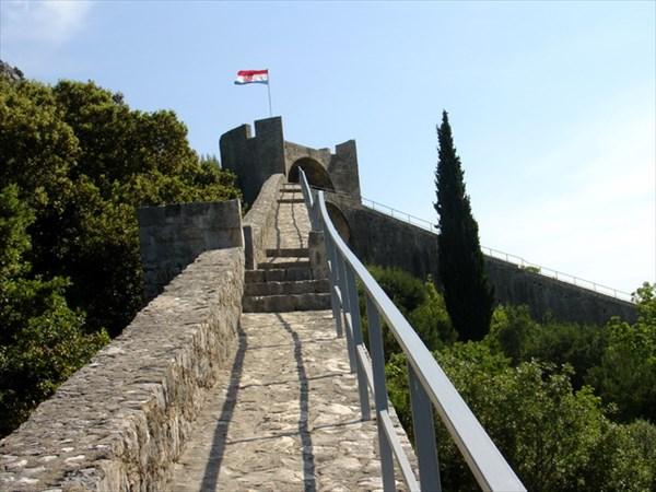 Крепость в городе Стон