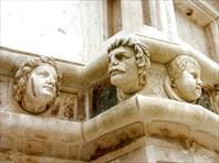 Доска почета собора в Шибенике