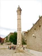 Задар, Римская колонна