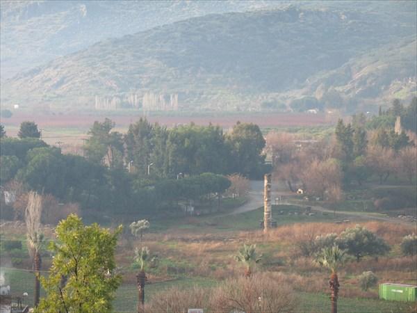 Колонна - все, что осталось от древнего Храма богини Артемиды