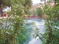 Бассейн Клеопатры. Горячий источник