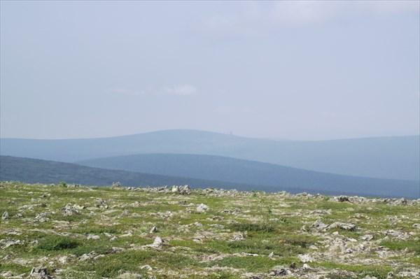 На северном склоне горы Янгалесос