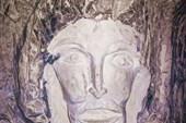 Наскальное творчество в пещере в горе Шатрище
