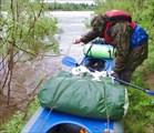 Шторм, лодка полная воды
