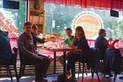 В кафе `Euro Kebab`