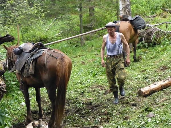 Опытный конюх Сергей