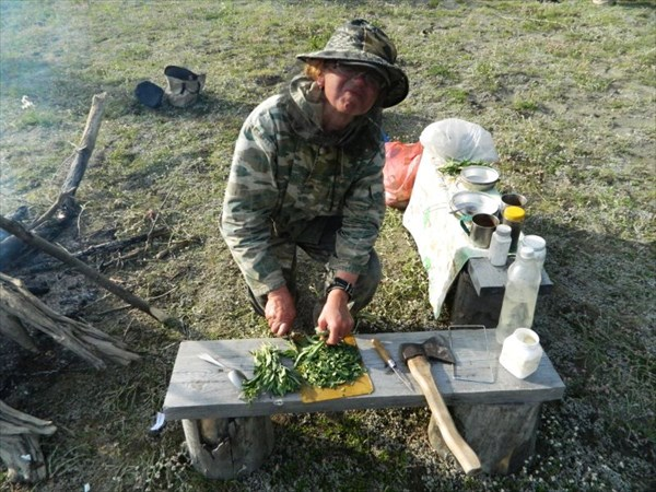 Варю суп с иван-чаем