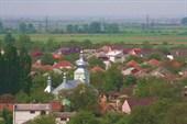 черепичные крыши домов в Мукачево.