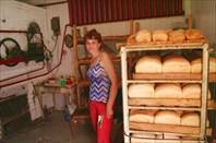но на одном из поворотов мы обнаружили пекарню...